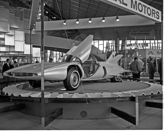 General_Motors_exhibit_at_Century_21_Exposition,_1962-wikimedia