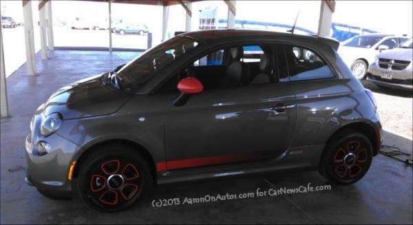 2013-Fiat-500e-side-1