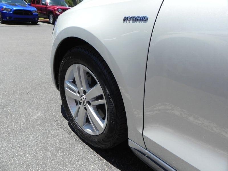 Podcast Quick Sip – 2013 Volkswagen Jetta Hybrid