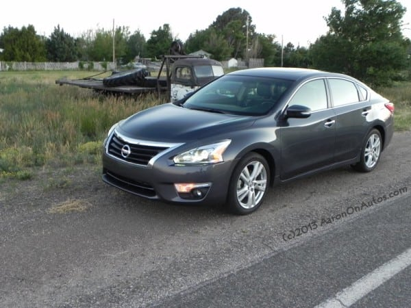 2013NissanAltima-Carpenter-1-AOA800px