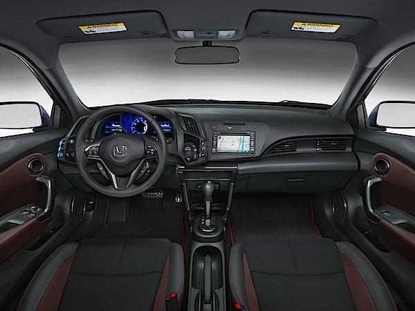 2013 Honda CR-Z.