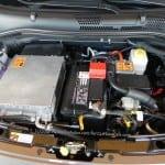 2013-Fiat-500e-enginecompartment-1