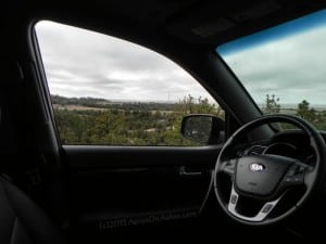 2014 Kia Sorento - view out window AOA800px