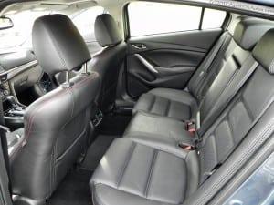 2014 Mazda6 backseats AOA1200px