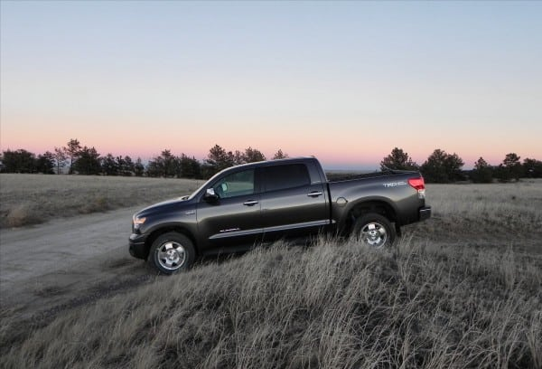 2013 Toyota Tundra - offtrail - AOA1200px