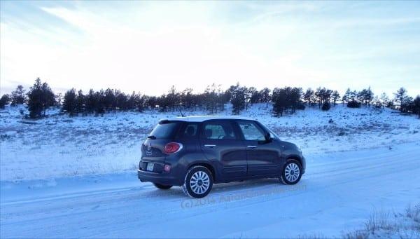 2014 Fiat 500L - vista7 - AOA1200px