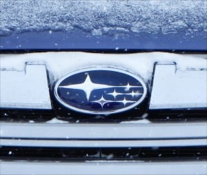 2014 Subaru Outback Limited - grille plate - AOA1200px