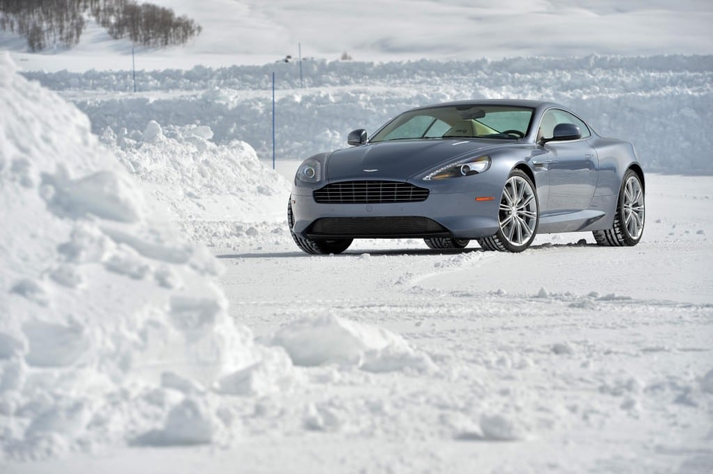 Aston Martin DB9 On Ice 001