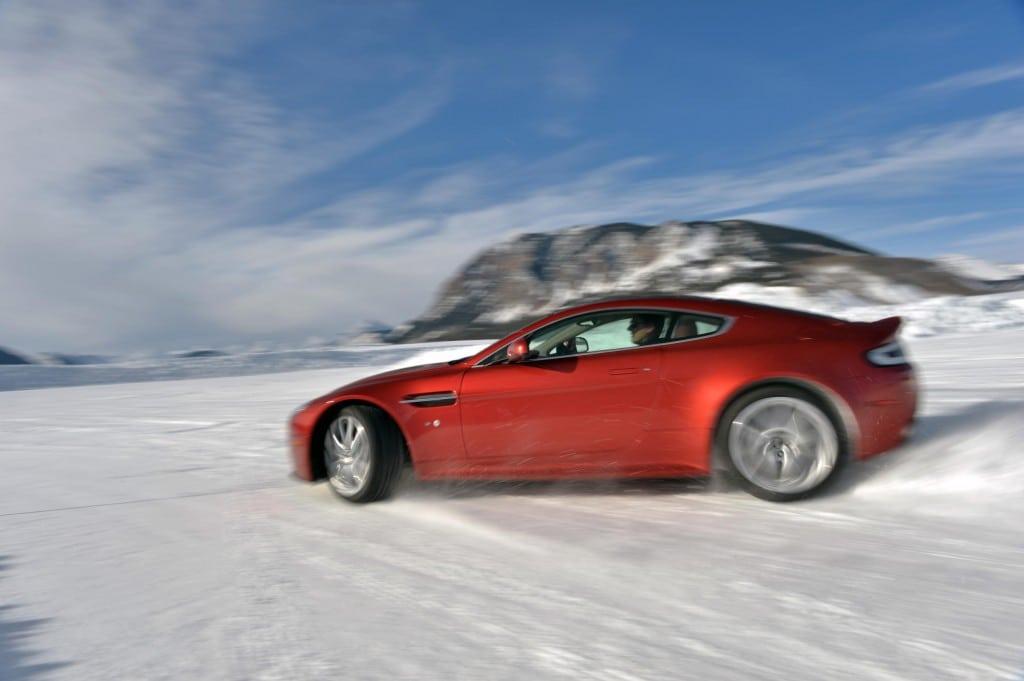 Aston Martin V12 Vantage S 004