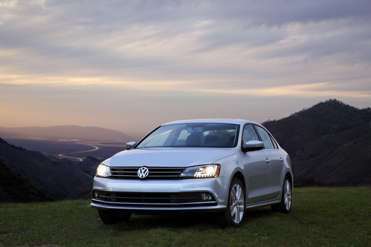 volkswagen debuting 2015 jetta golf sportwagen at new york carnewscafe. Black Bedroom Furniture Sets. Home Design Ideas
