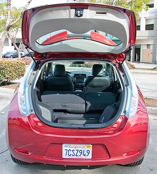 nissan leaf trunk