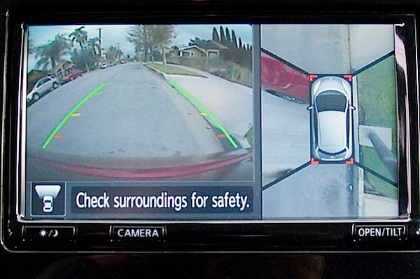 nissan leaf rearview camera