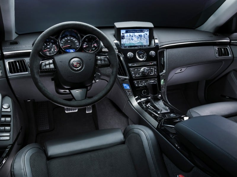 2014-Cadillac-CTSV-Sedan-026-medium