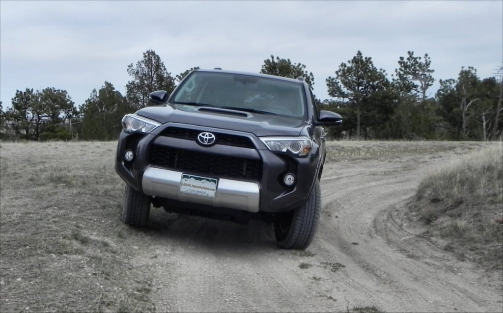 2014 Toyota 4Runner Trail - front2 - AOA1200px