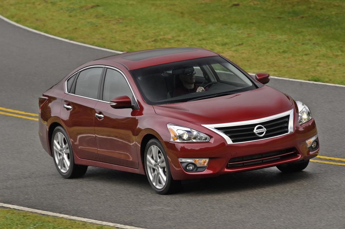 Pleasantly pleasing: 2014 Nissan Altima makes impact in midsize segment with performance, fuel economy and pleasantries