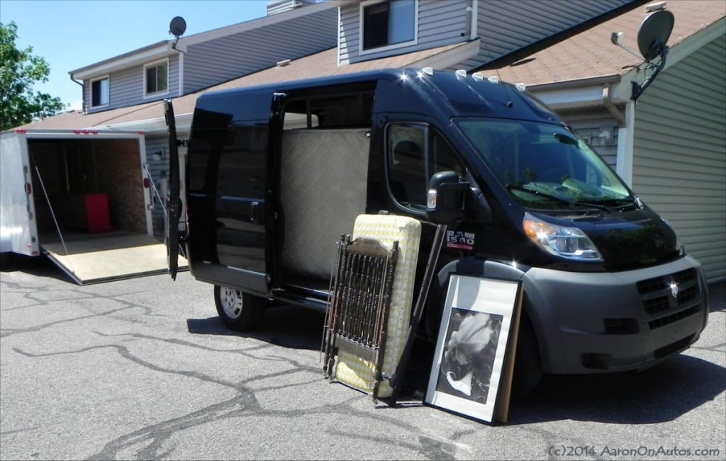 2014 Ram 1500 ProMaster - loading 7 - AOA1200px