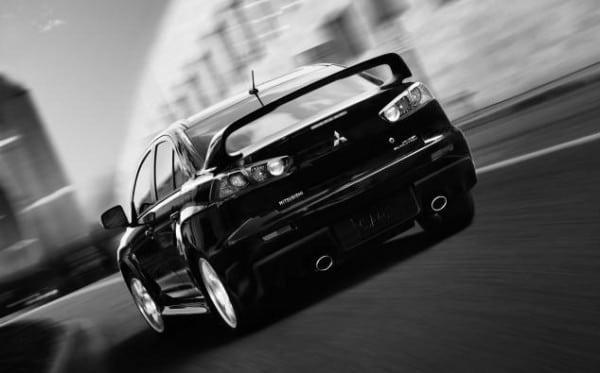 Mitsubishi-Lancer-Evo-2015-3-600x373