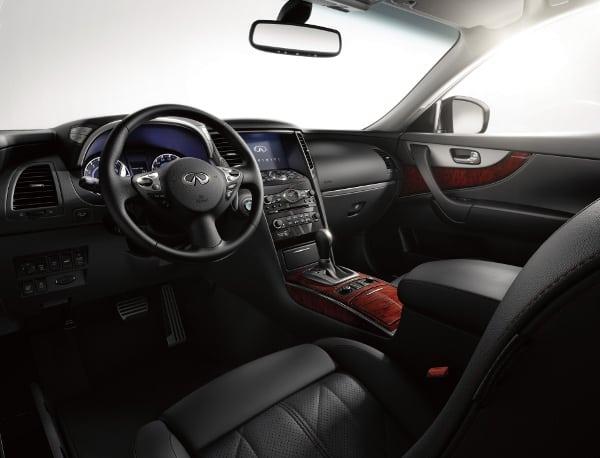 2014 infiniti qx70 interior