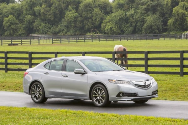 2015 Acura TLX Review – New sedan Assumes Entry Level Luxury Role