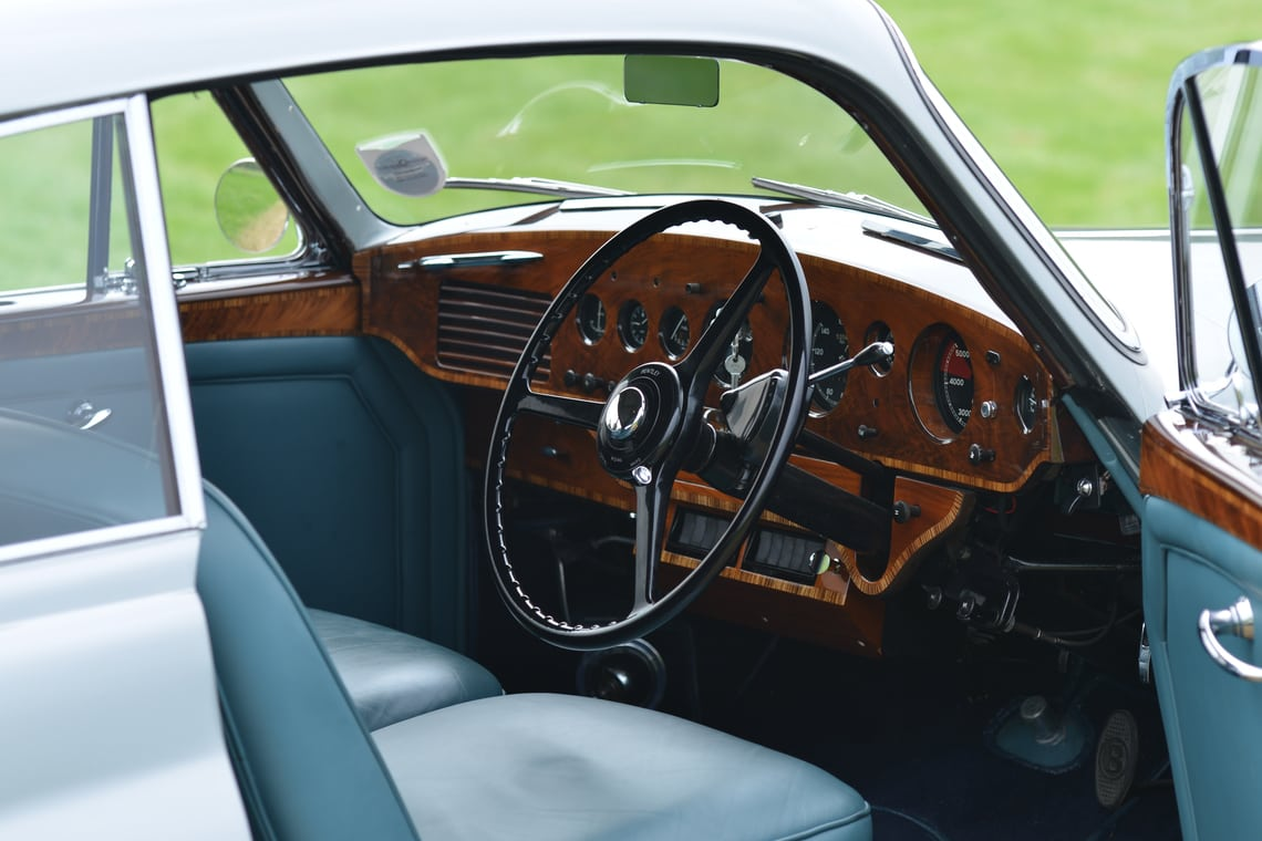 211014silvauct-1954 Bentley R Type Continental Fastback interior
