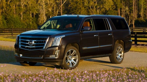 Super-sized Luxury: Cadillac Escalade ESV bigger, bolder than ever before