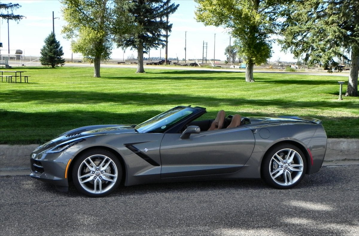2015 Corvette Stingray - 2 - AOA1200px