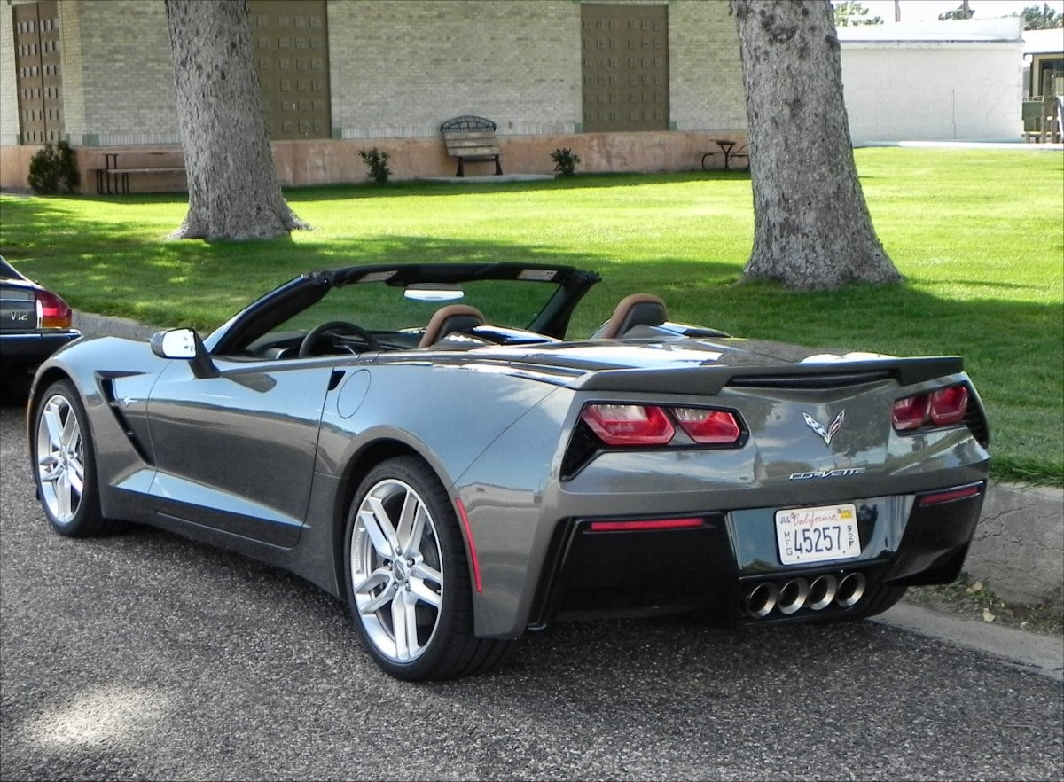 2015 corvette stingray moving the icon forward with panache. Black Bedroom Furniture Sets. Home Design Ideas