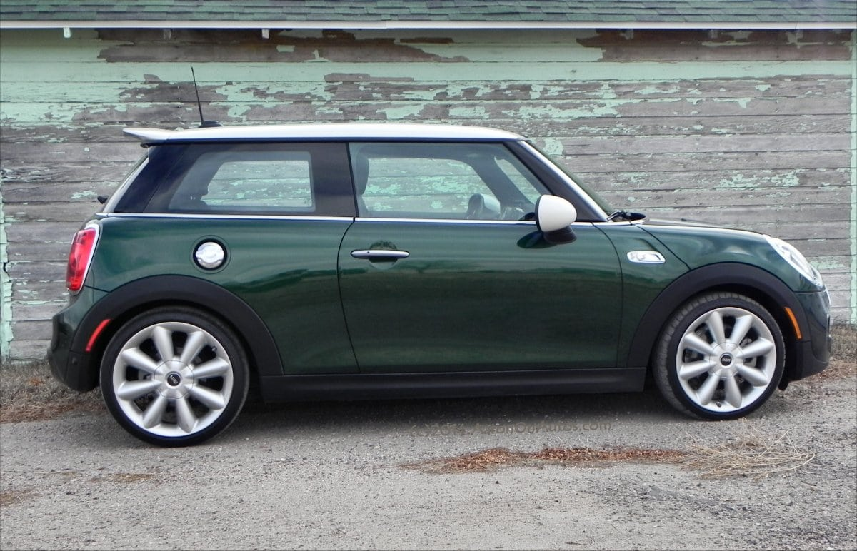 New Mini Cooper >> 2014 MINI Cooper S - bigger, faster, still MINI