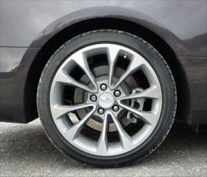 2015 Cadillac ATS - wheel 1 - AOA1200px