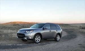 2015 Mitsubishi Outlander is Simple Balance