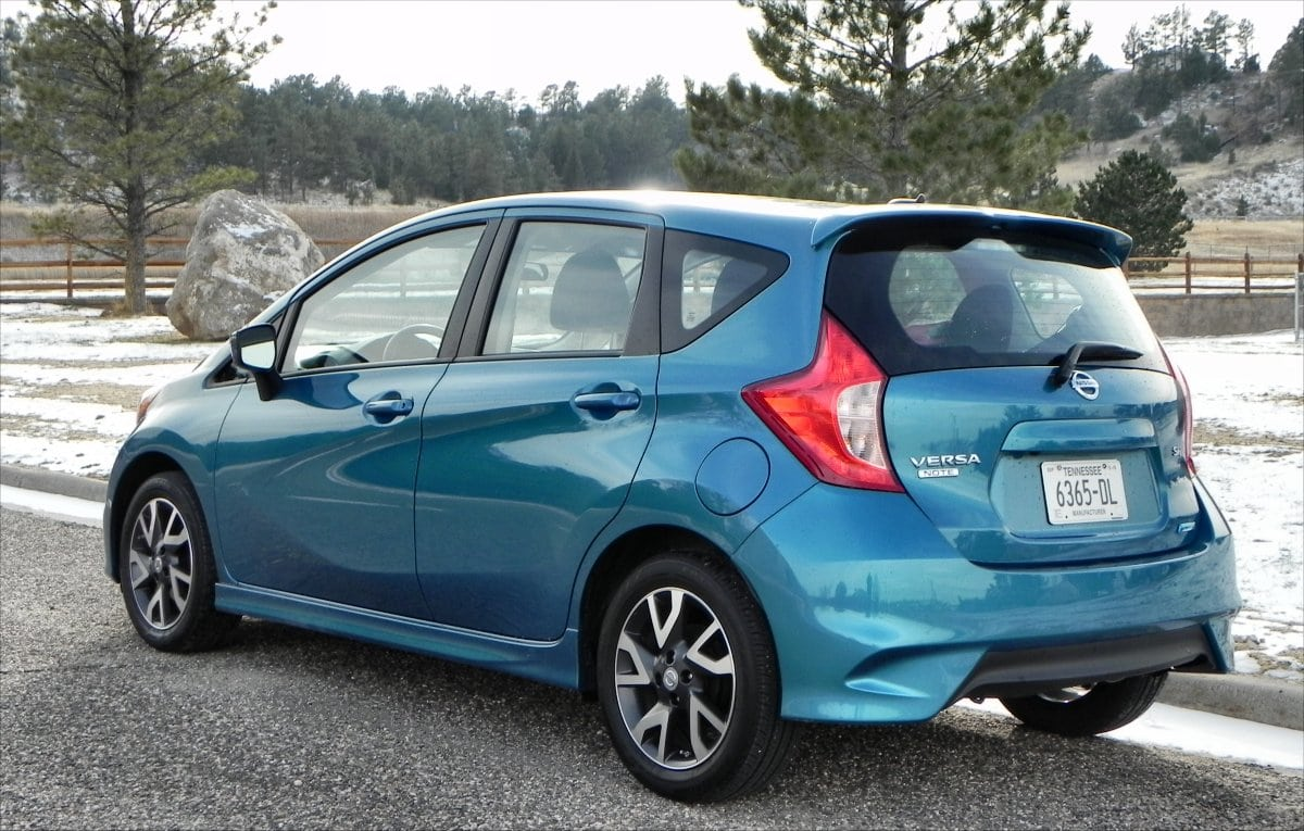 2015 nissan versa note has still got it carnewscafe. Black Bedroom Furniture Sets. Home Design Ideas