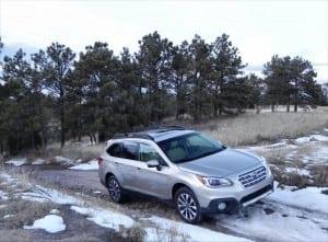 2015 Subaru Outback - snow 4 - AOA1200px