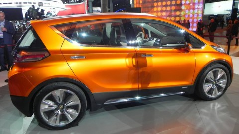 Update: Can GM Challenge Tesla Motors with the Chevy Bolt?