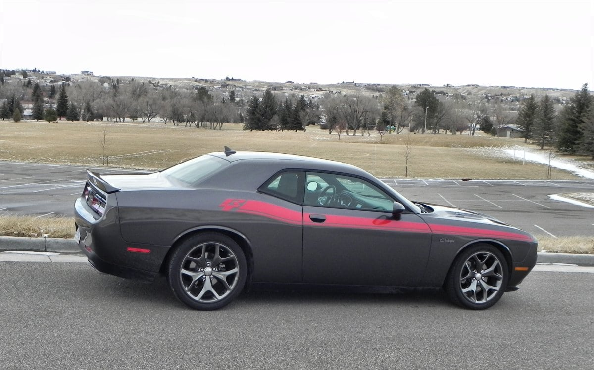 in hartford sxt challenger wi schmit bros plus jeep chrysler dodge sheboygan used saukville