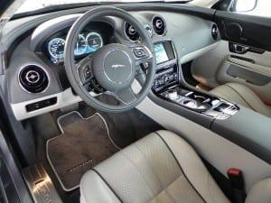 2015 Jaguar XJL - interior 5 - AOA1200px