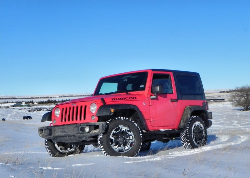 2015 jeep wrangler rubicon is a hard rock beast. Black Bedroom Furniture Sets. Home Design Ideas