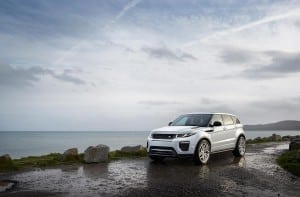 MY16_Range_Rover_Evoque_EXT_LOC95_PR_HERO