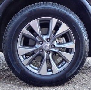 2015 Nissan Murano - interior wheel - AOA1200px