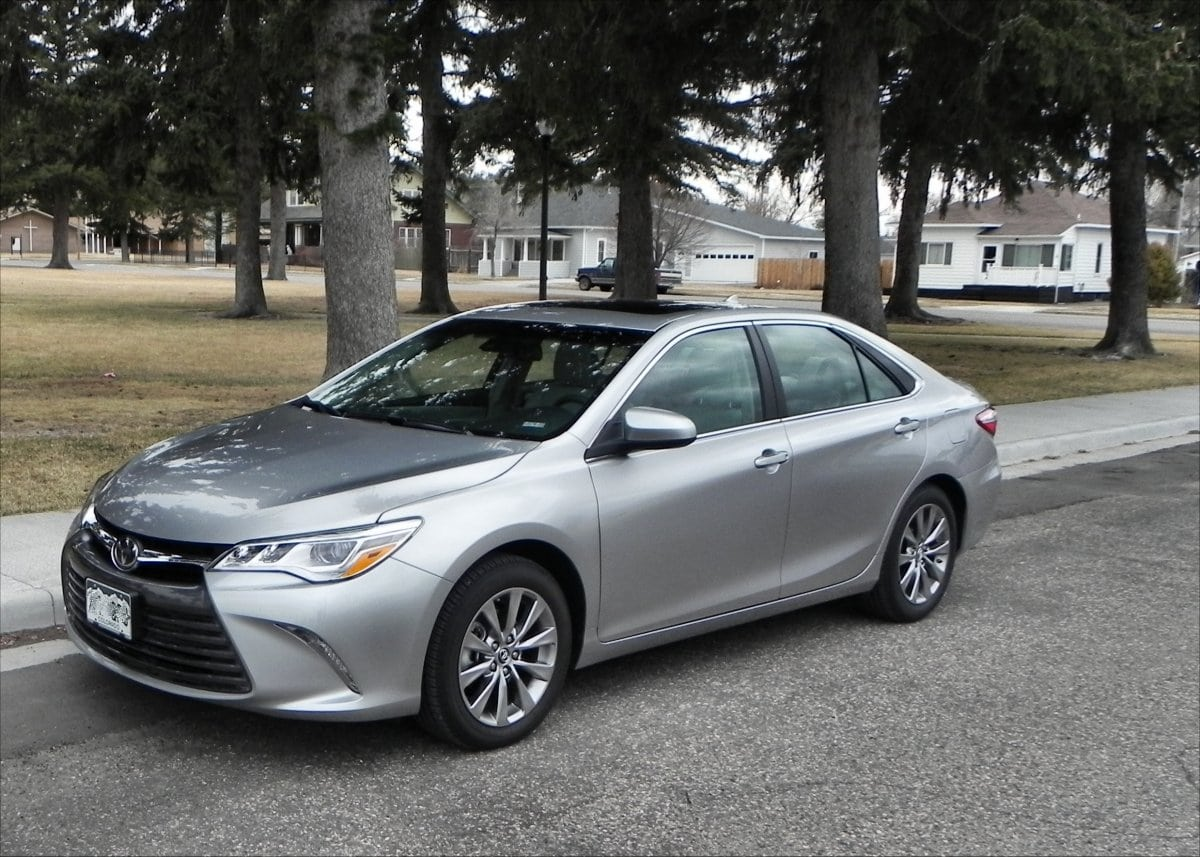 2015 toyota camry is much improved and very likable carnewscafe. Black Bedroom Furniture Sets. Home Design Ideas