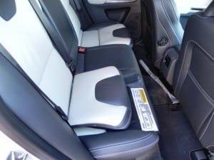 2015 Volvo XC60 - interior 9 - AOA1200px