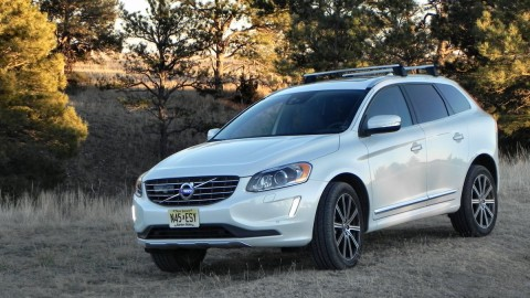 Volvo XC60 Driver makes Fatal Parking Mistake [VIDEO]