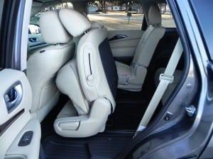 2015 Infiniti QX60 - interior 13 - AOA1200px