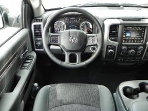 2015 Ram 1500 EcoDiesel - interior 3 - AOA1200px