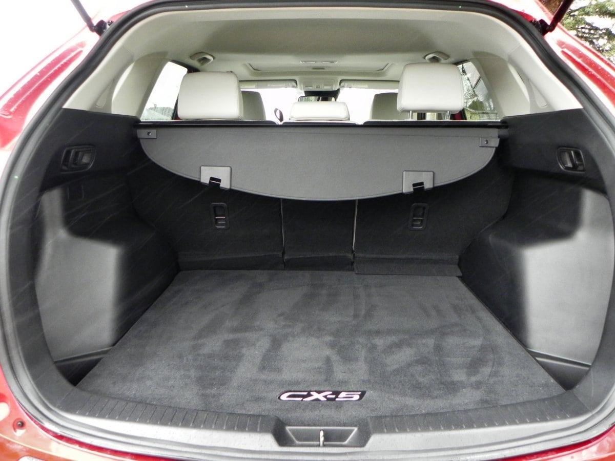 Captivating 2015 Mazda CX 5   Interior 7   AOA1200px