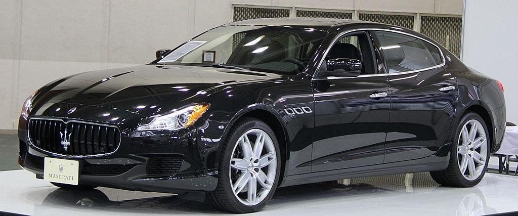 1024px-Maserati_Quattroporte_VI
