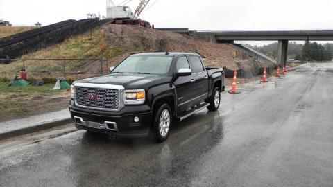 GM Recalls Silverado, Sierra Pickups for Seatbelt Issue