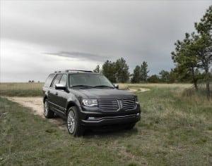 2015 Lincoln Navigator - bluff 8 - AOA1200px