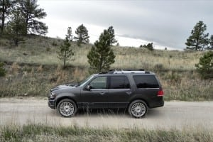 2015 Lincoln Navigator - trail 3 - AOA1200px