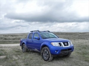 2015 Nissan Frontier Pro-4X - hinter 8 - 1200px AOA
