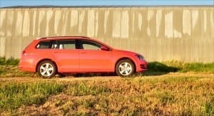 2015 Volkswagen Golf Sportwagen - shed 3 - AOA1200px